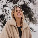 Mia Crown Profile Picture